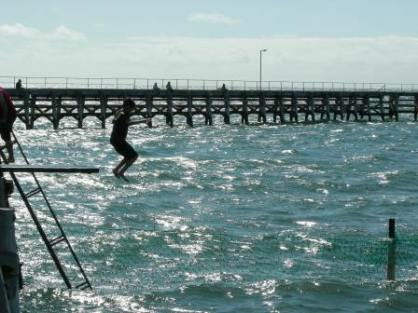 jetty jumping