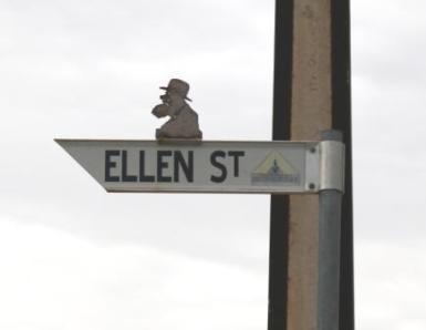 Moonta street signs