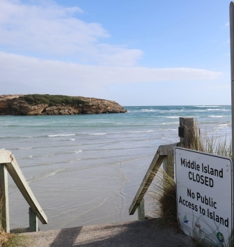 Middle Island Warrnambool