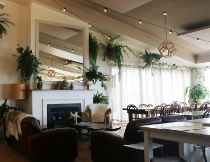 Simon's waterfront restaurant