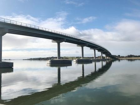bridge to Hindmarsh Island