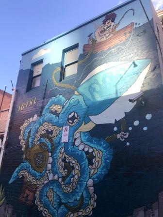10 TKL street art