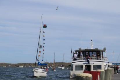 sail past