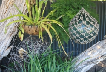 coastal garden decor