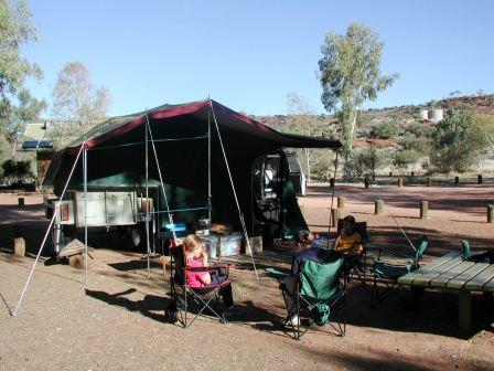 Palm Valley camping