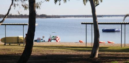 Discovery Park Lake Bonney