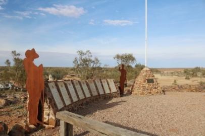 Farina war memorial